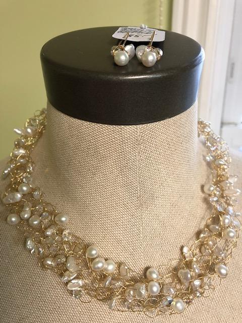 Freshwater Pearl & Swarovski Crystal Crocheted Necklace With Earrings - Artfest Ontario - Creations GDC -