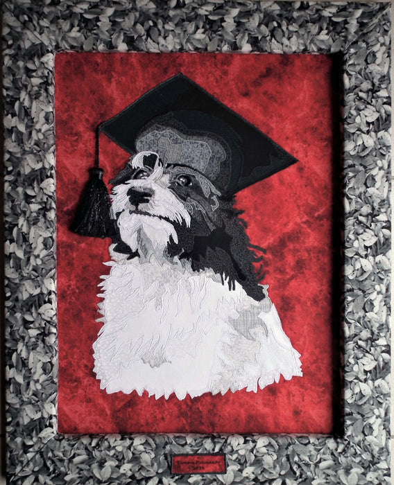 "Graduating Dog ""Outstanding"" Quilted Portrait - Artfest Ontario - Tamara's Treasured Shop - Home Decor"