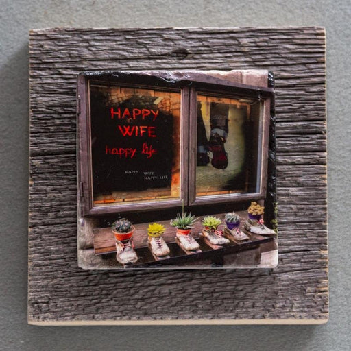Happy Wife - On Barn Board 8904 - Artfest Ontario - Art On Stone - Photography