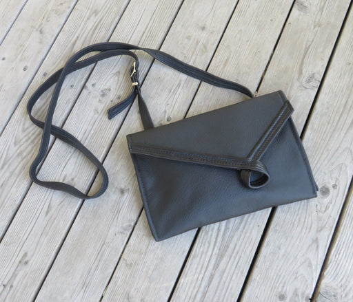 Loop, wide - black with black (shiny) loop - Artfest Ontario - Arrowsmith Leather - Clothing & Accessories