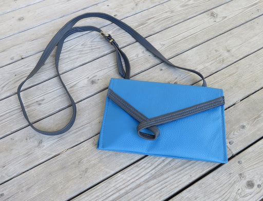 Loop, wide – bright blue with deep blue loop - Artfest Ontario - Arrowsmith Leather - Clothing & Accessories