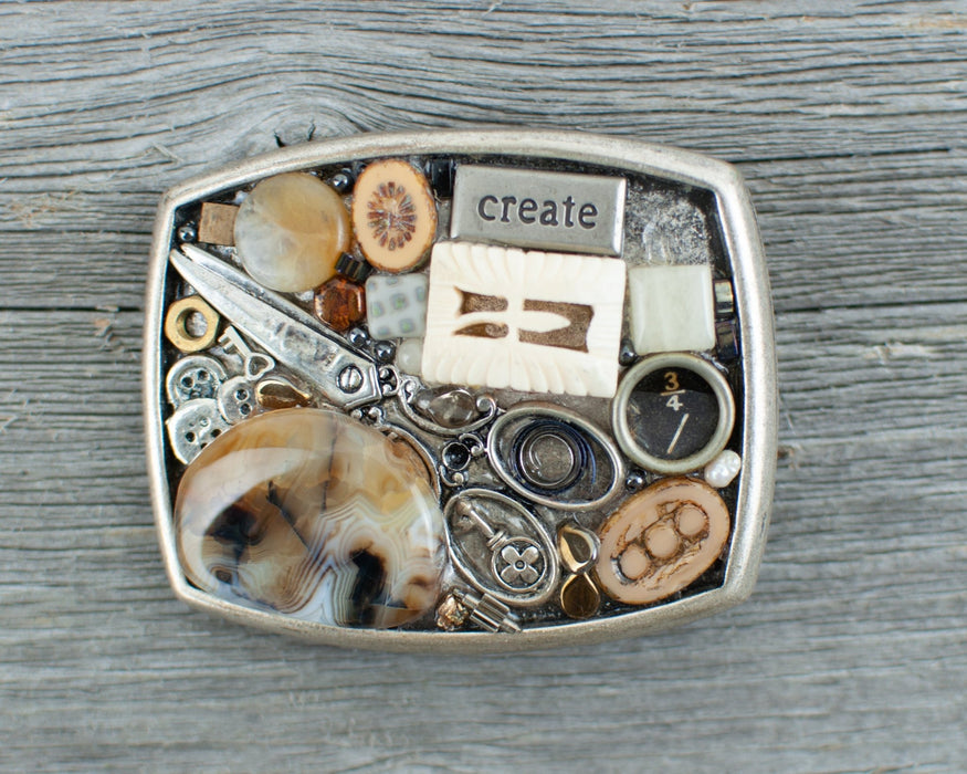 Sewing Theme Belt Buckle - Artfest Ontario - Lisa Young Design - Belt Buckles