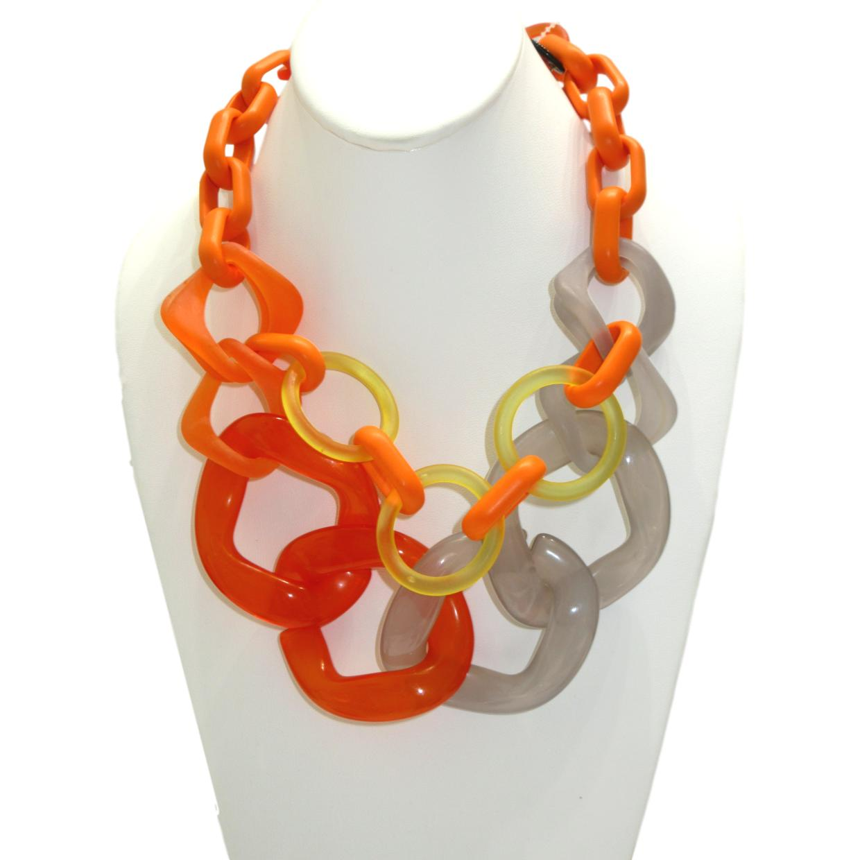 <i>Happy Resin Necklace</i><br>Made in Italy<br>