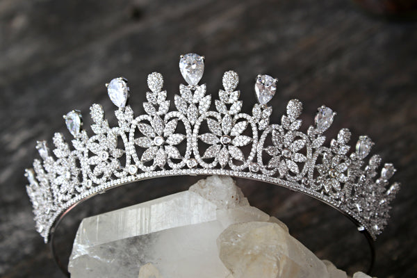 ANNE-SOPHIE Simulated Diamond Bridal Tiara