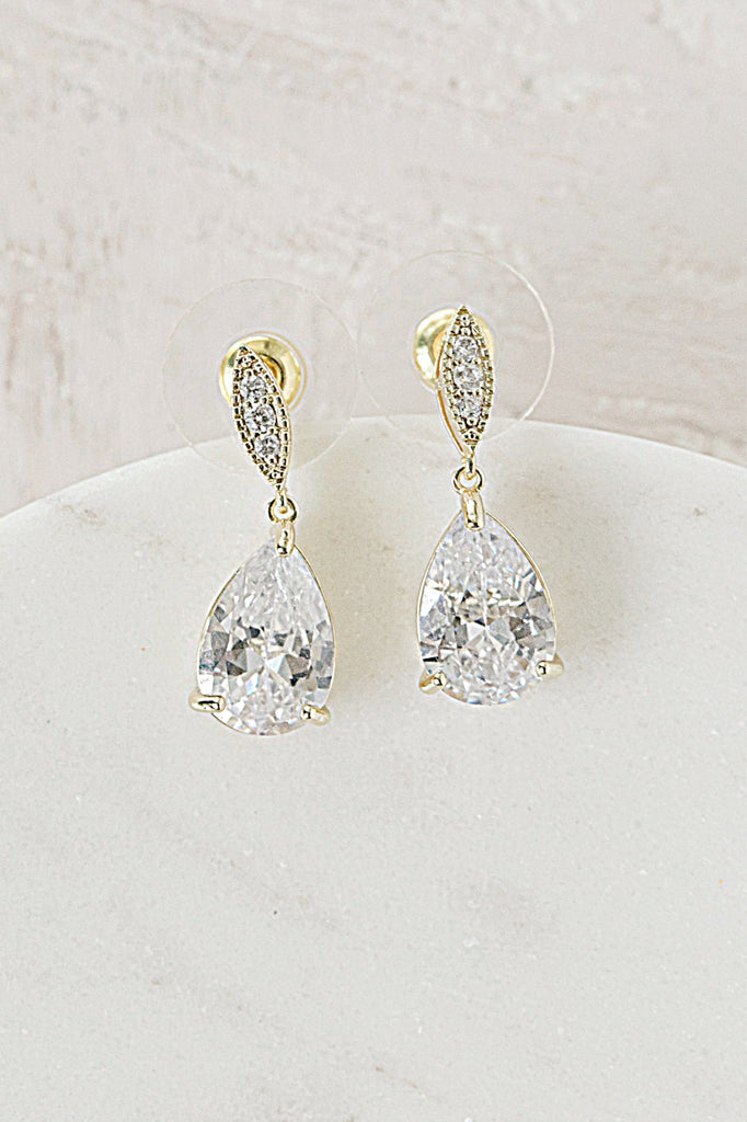 CAMILLE Simulated Diamond Drop Earrings and Necklace Set