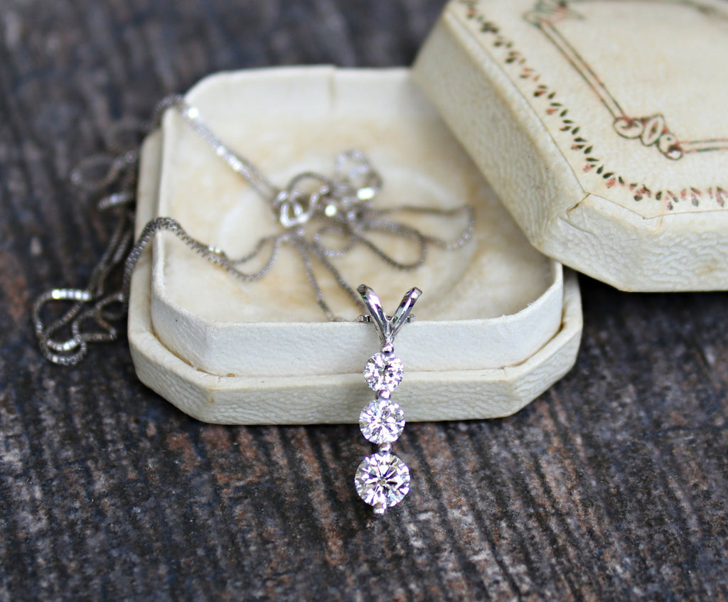 AUXERRE Diamond Drop Necklace