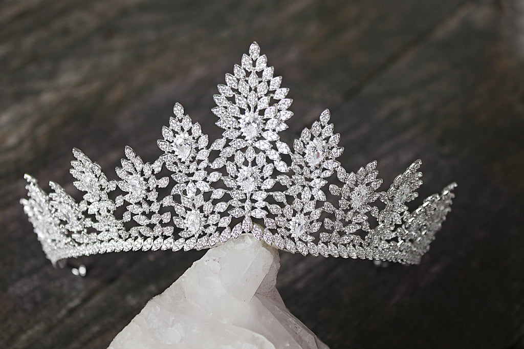 JANELLE Simulated Diamond Bridal Tiara