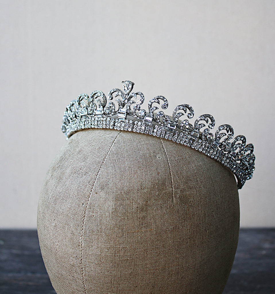 KATE Cartier Halo Bridal Tiara