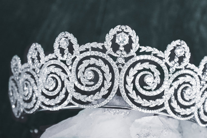 KHEDIVE Simulated Diamond Bridal Tiara