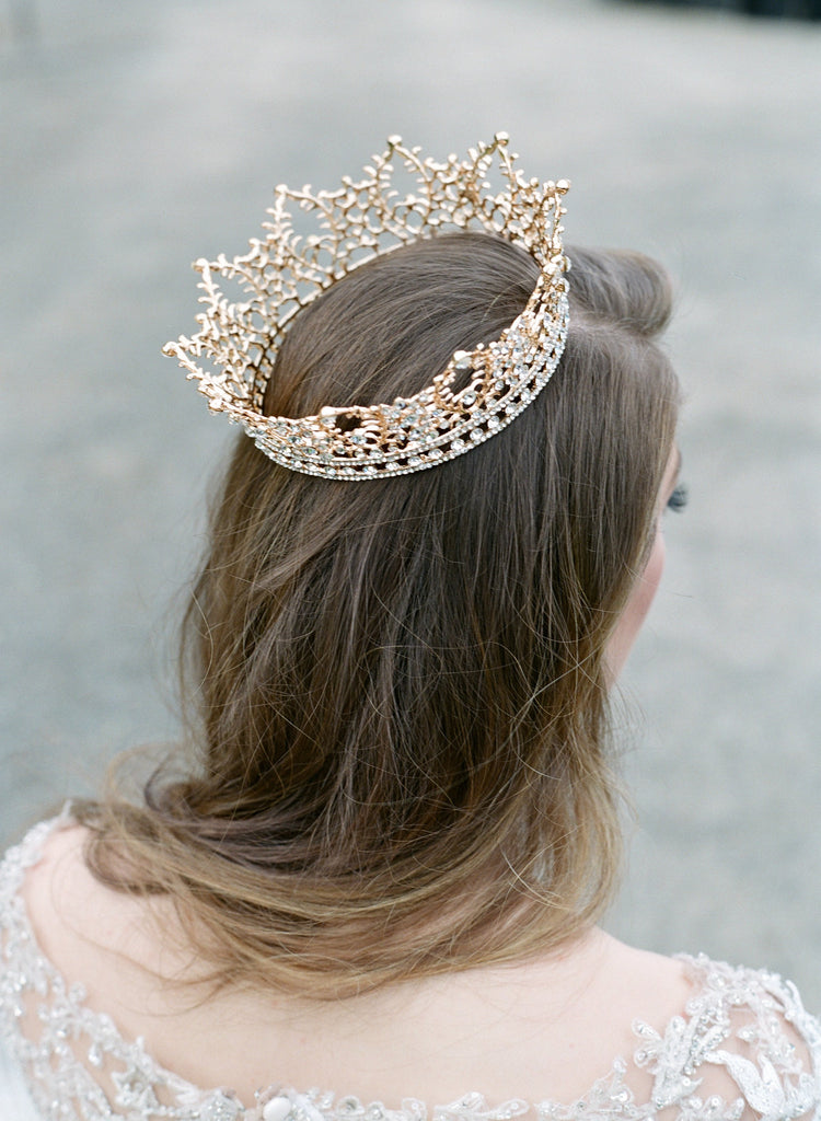LILLI Crown