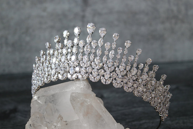 Royal Bridal Tiara | EDEN LUXE Bridal