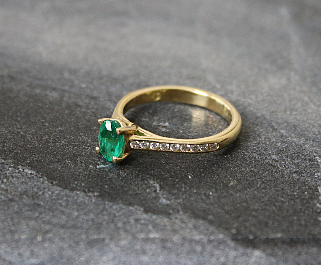 Emerald Engagement Ring | EDEN LUXE Bridal