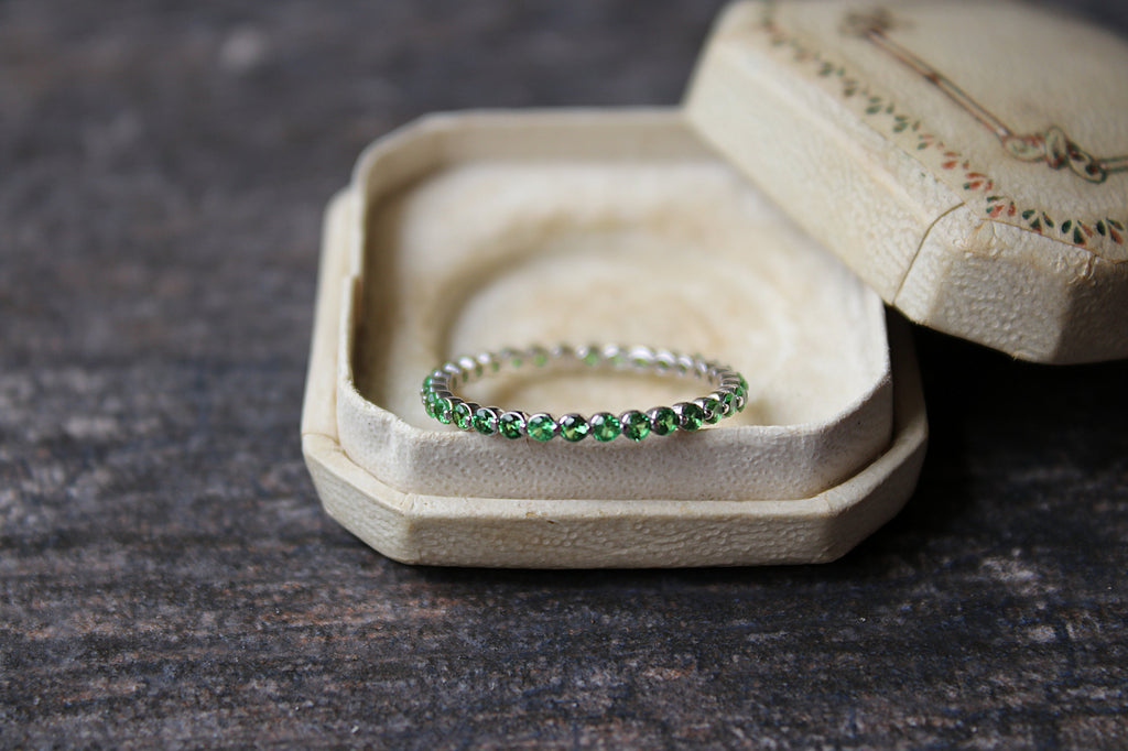 TSAVORITE Stackable Eternity Band