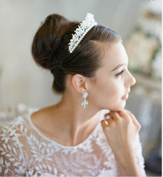 VICTORIA Pearl and Swarovski Crystal Wedding Tiara PAREUR SUITE