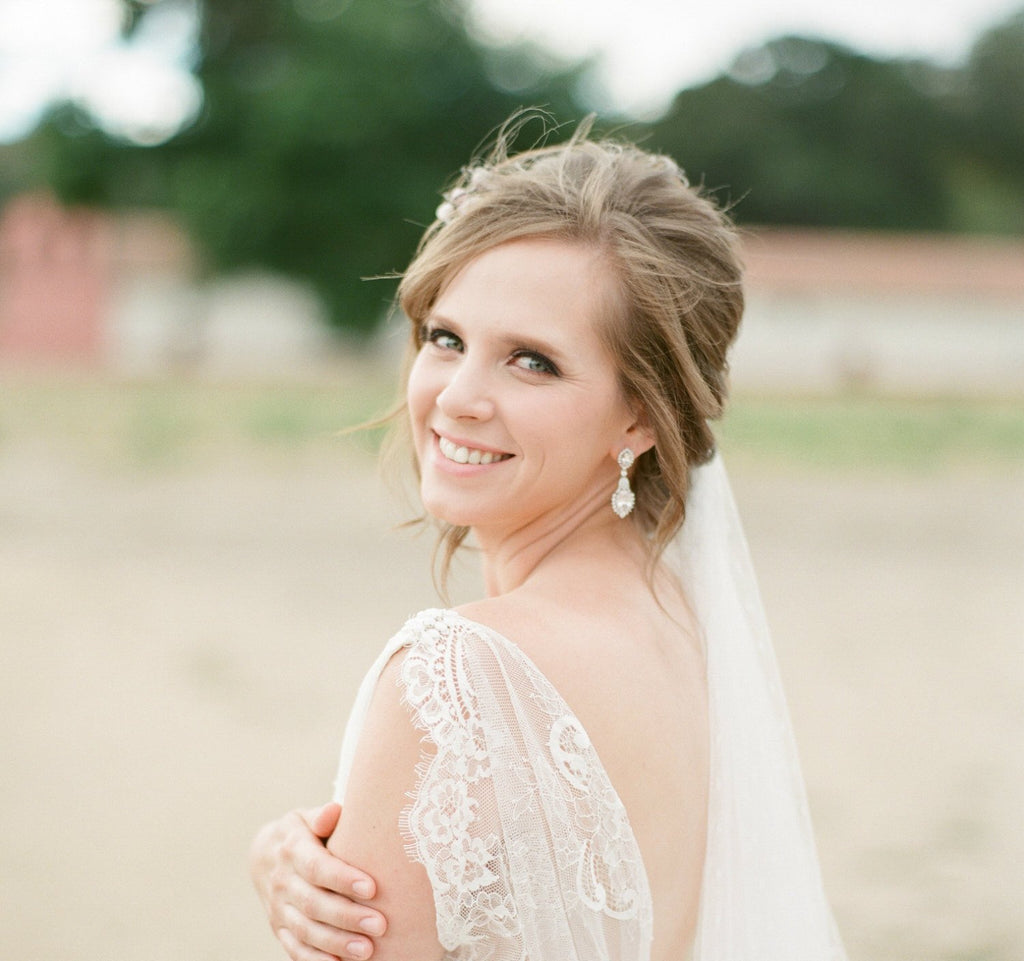 Bridal Earrings and Veil
