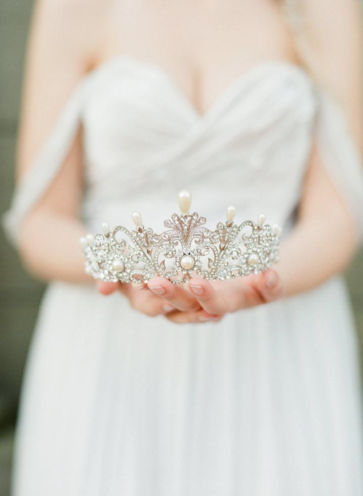 ALEXANDRA Pearl Bridal Full Crown