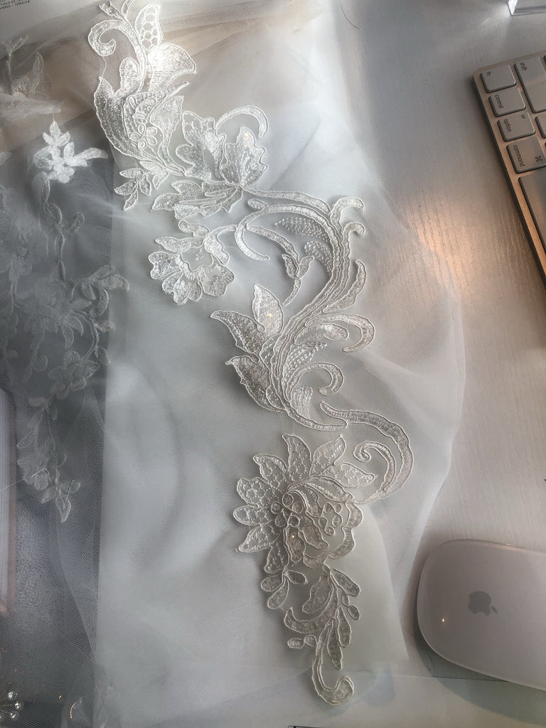 Bespoke SHELBI ROSE Lace Drop Veil