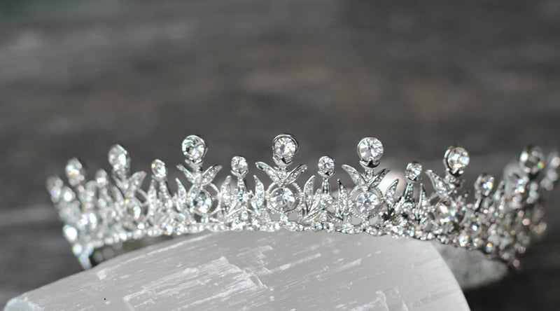 TANYA Swarovski Crystal Full Crown