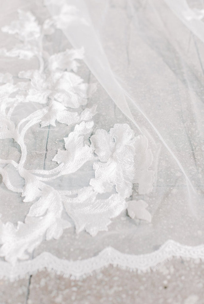 Veil with Floral Lace