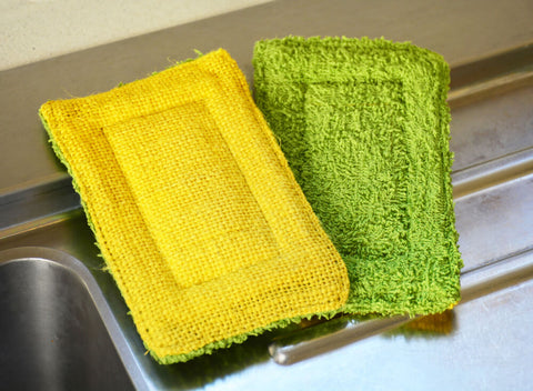 Smart Sponges in Green and Yellow