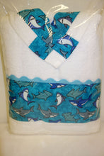 Load image into Gallery viewer, 3 Piece Bath Towel Set - Sharks