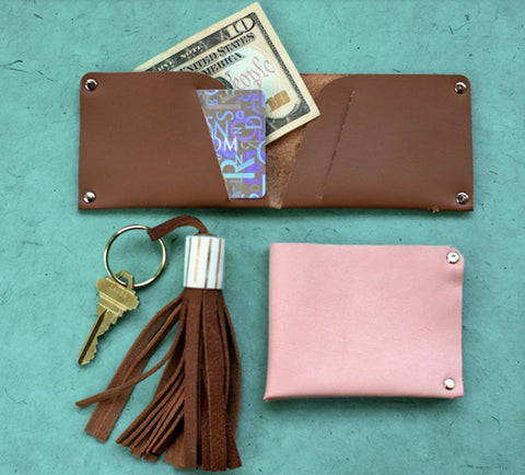 DIY No Sew Leather Wallet