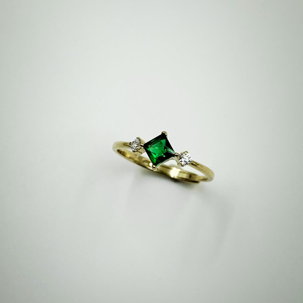 Load image into Gallery viewer, Emerald Green Ring - Gold