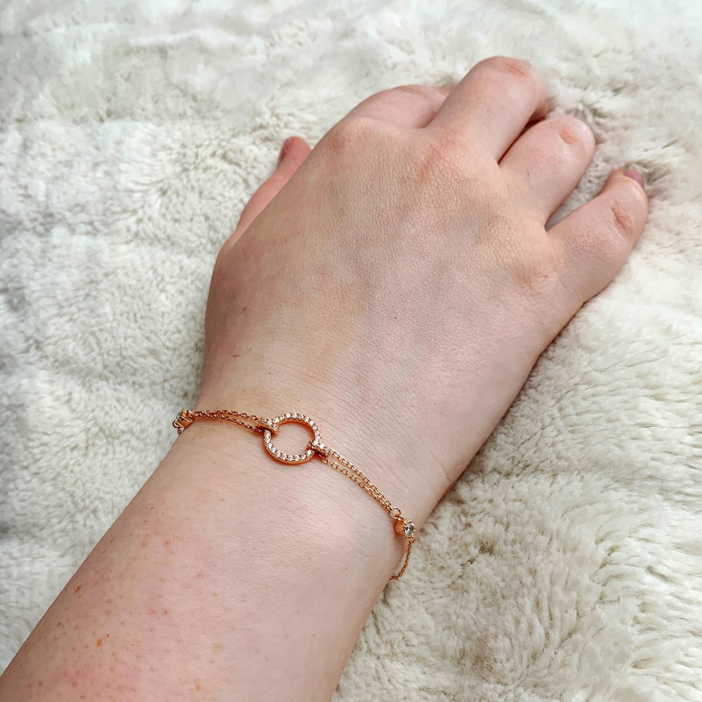 Load image into Gallery viewer, Rose Gold Circle Bracelet