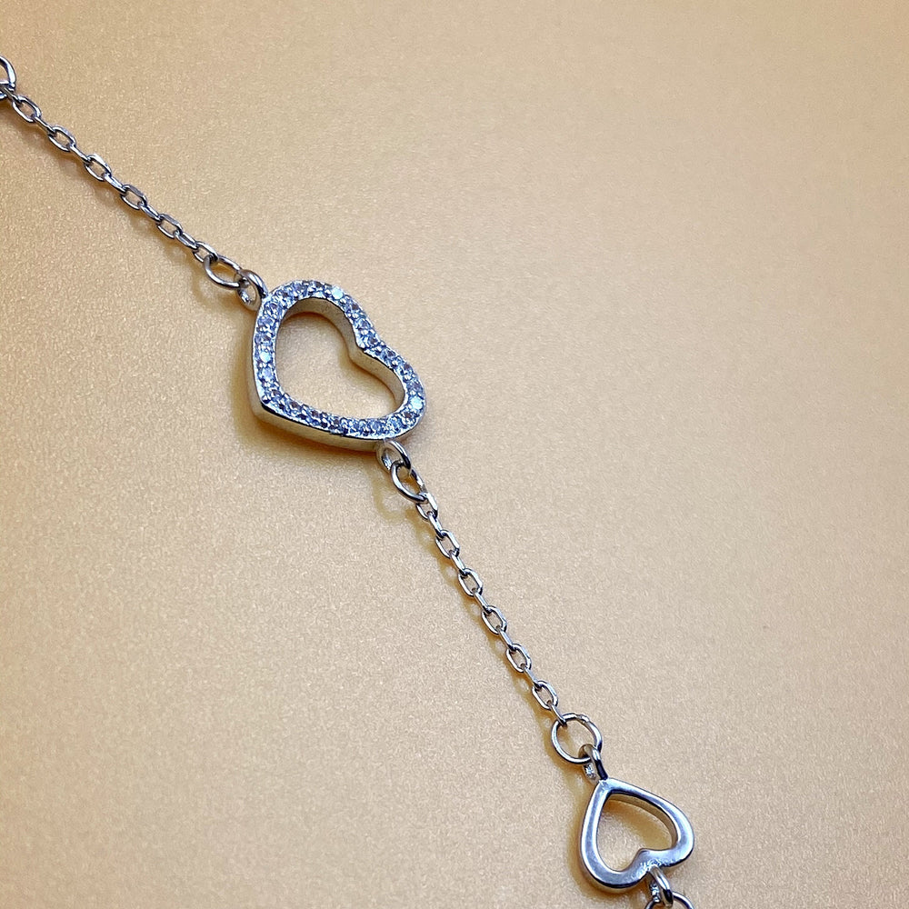 Load image into Gallery viewer, Silver Heart Bracelet