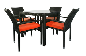 4 Chair Dining set, Red cushions