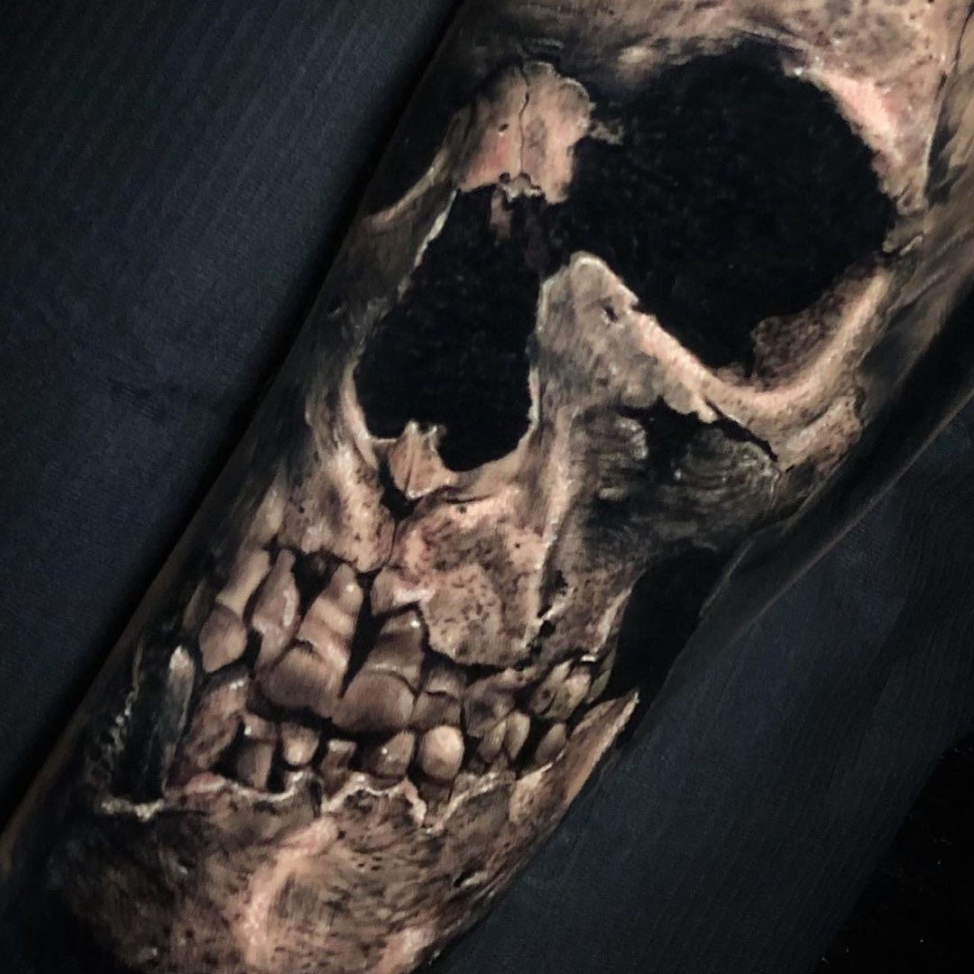 Black & Grey Tattoo of Skull by Tobias Agustini