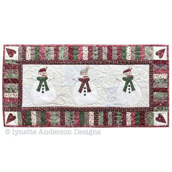 Lets build a Snowman Tablerunner Pattern