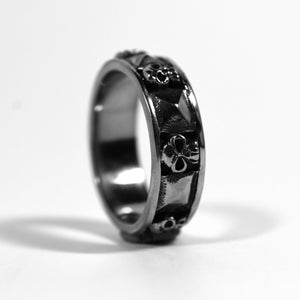 The Stud Ring