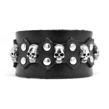 Load image into Gallery viewer, Black Skull Cuff