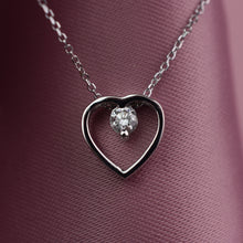 Load image into Gallery viewer, cvd heart pendant