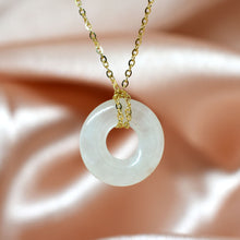 Load image into Gallery viewer, circle jade necklace