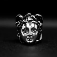 Load image into Gallery viewer, medusa head ring