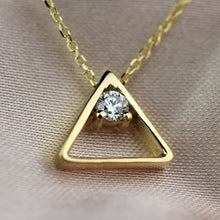 Load image into Gallery viewer, triangle necklace
