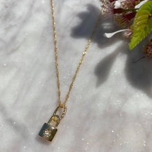 Load image into Gallery viewer, Padlocked Star Necklace