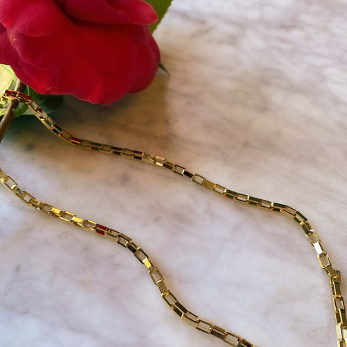 Bold and Golden Chain Link Necklace - By Ferne
