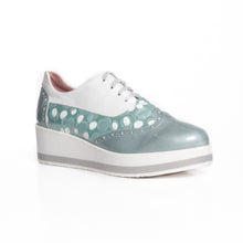 Load image into Gallery viewer, María Leon - Spot Lace Up Runner - Mint - 5350