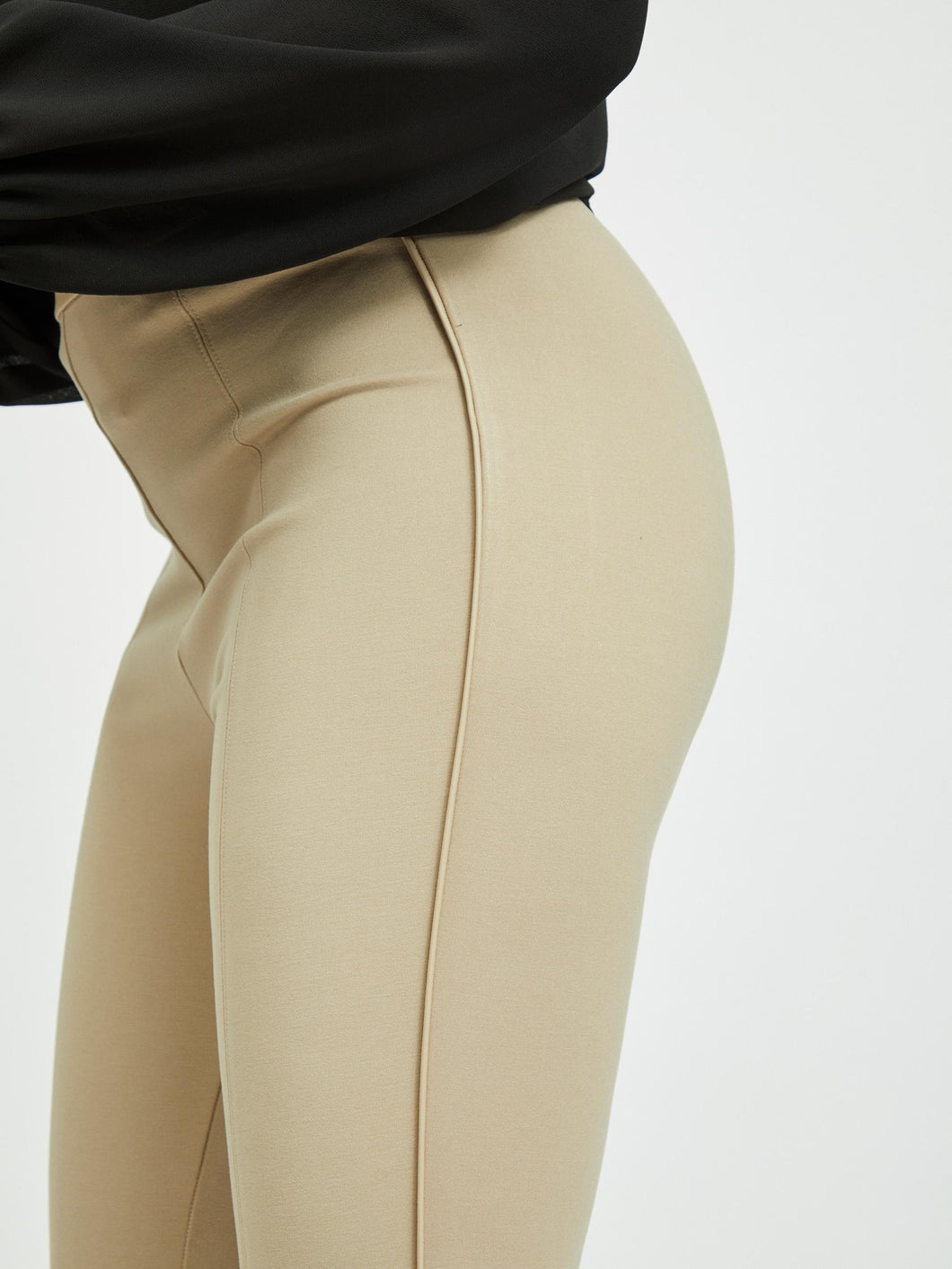 Vila – Highwaist 7/8th Leg Leggings - Beige – Valas
