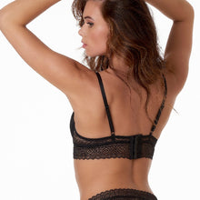 Afbeelding in Gallery-weergave laden, Margreth-Longline padded wire bra graphical lace  10.05.6114-020 020 Black