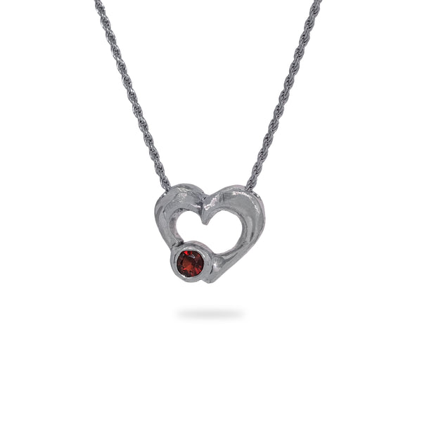 OKSH18 925 Silver Heart Pendant with Garnet
