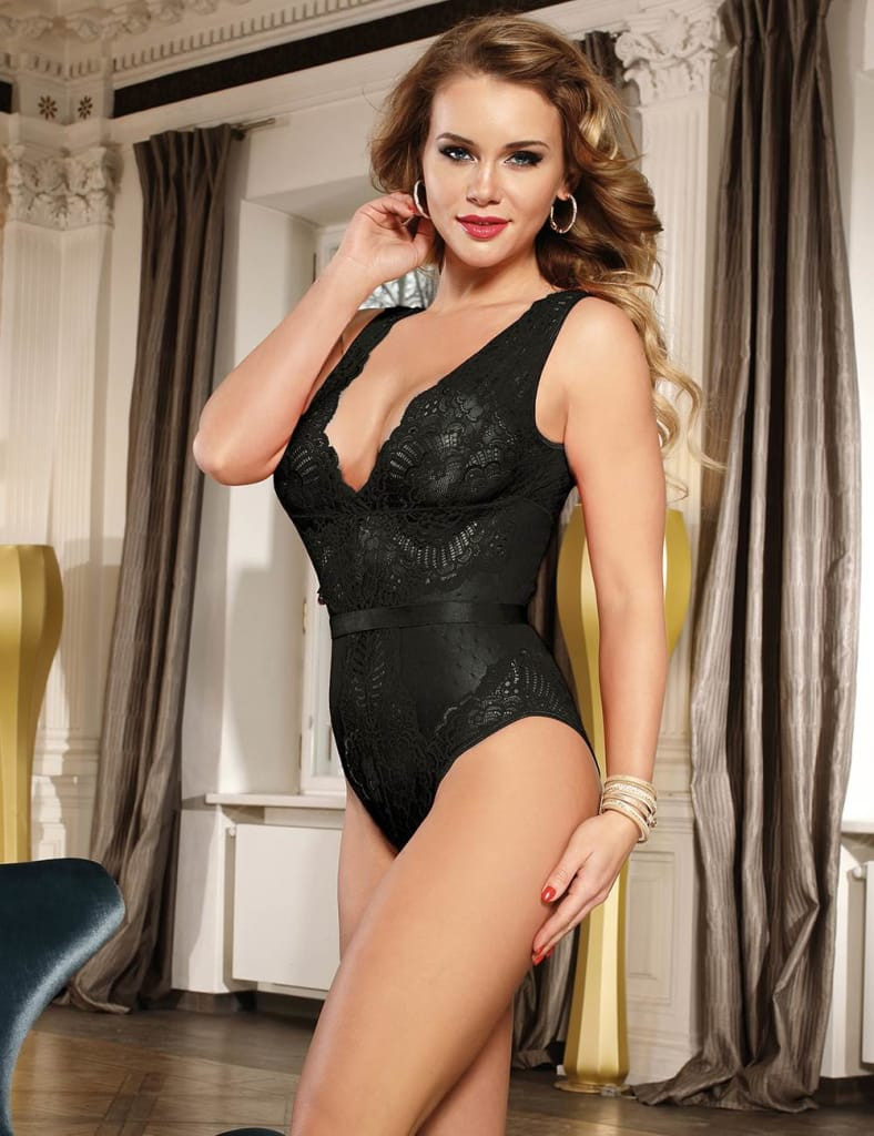Black Deluxe Lace Stitching Teddy