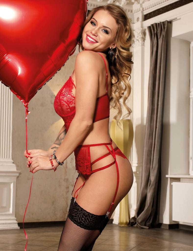 Red Lace Open Bust Bra And Garter Panty Set With Steel Ring