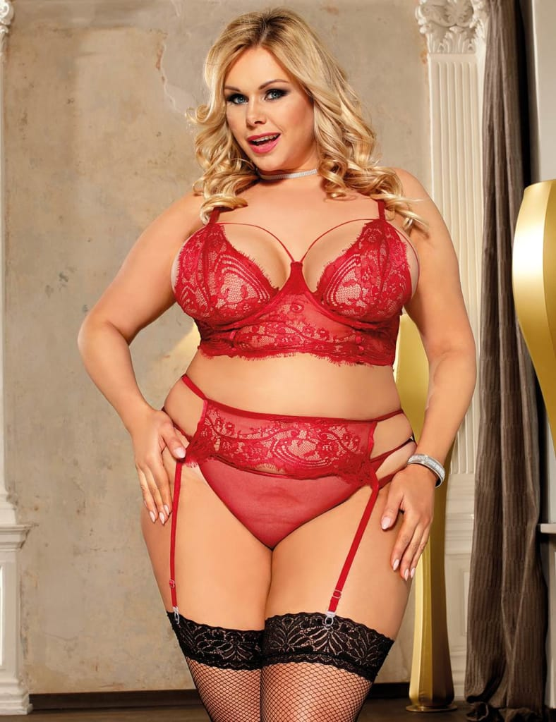 Plus Size Red Lace Open Bust Bra And Garter Panty Set With