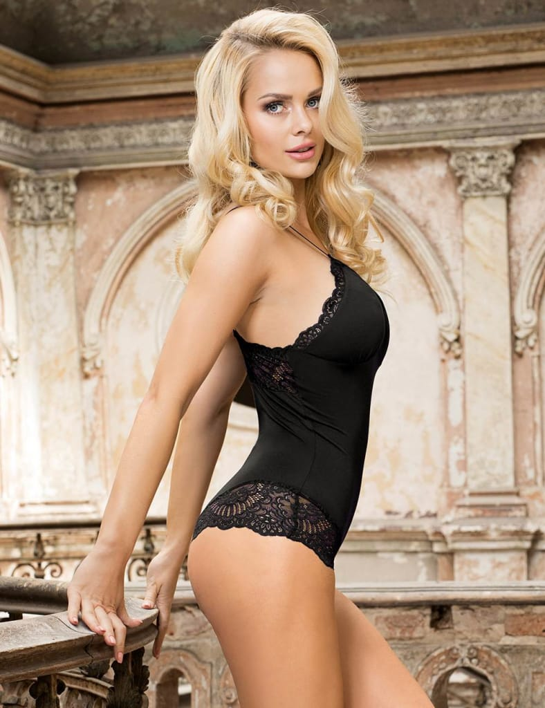 Plus Size Charming Black Lace Sexy Teddy