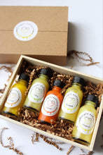 Load image into Gallery viewer, Flavoured fresh immunne ginger extract gift box. 1oz raw honey ginger shots