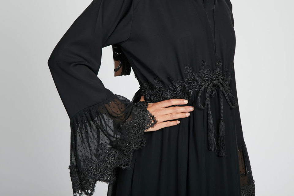 Paris Moonlight Closed Abaya with Inner Belt